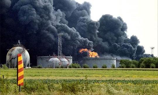 SEĆANJE NA DUŠKA, MIRKA I DEJANA, KOLEGE POGINULE U NATO BOMBARDOVANJU ENERGANE